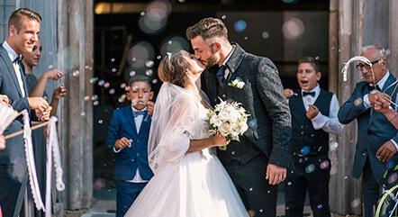 結婚式はいつがいい?人気の季節と費用を安くする季節はいつ?