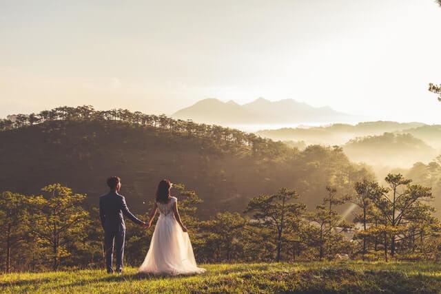 結婚式の招待状は何日前から作れば良いの?
