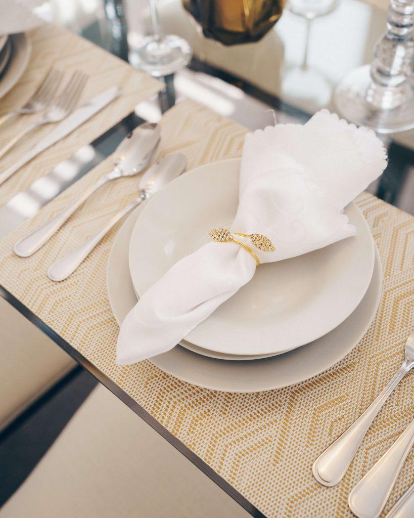 おしゃれ花嫁がしたテーブルコーディネートを紹介!