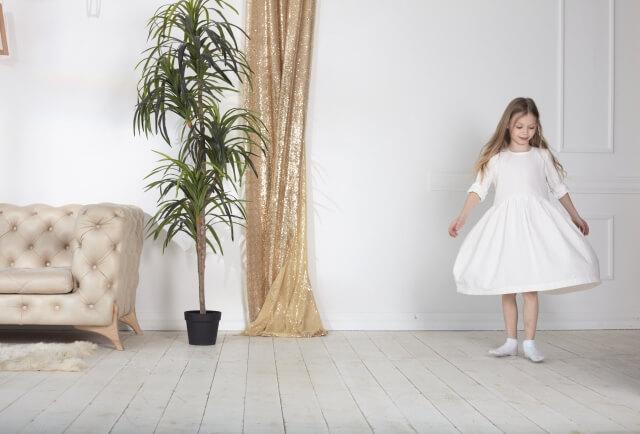 子供がドレスを着ることが出来るのは10歳前後まで