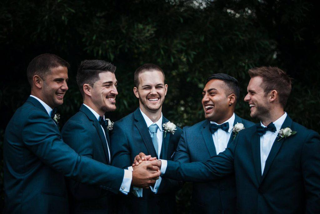 男性ゲストでどんなウエディングドレスを着ていたか覚えている人は少数派