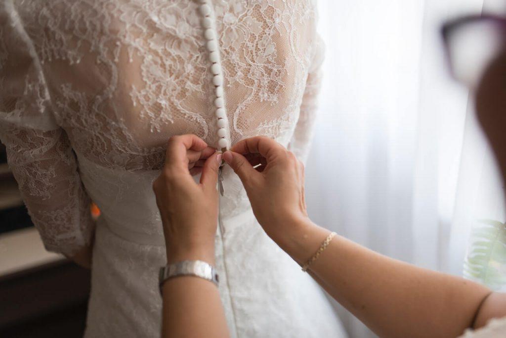 ウエディングドレスは2か月前までに!!
